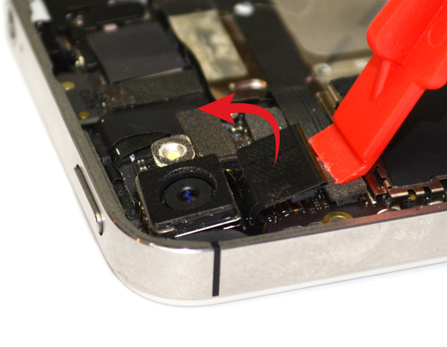 Etape 5 : Retirer la caméra arrière