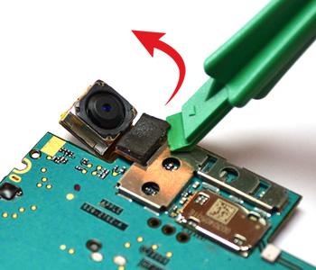 ETAPE 6a : Retirer la caméra