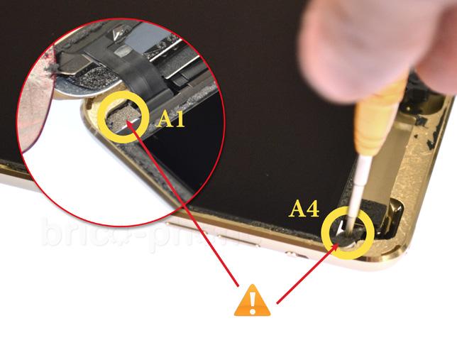 Etape 7d : Soulever l'écran LCD