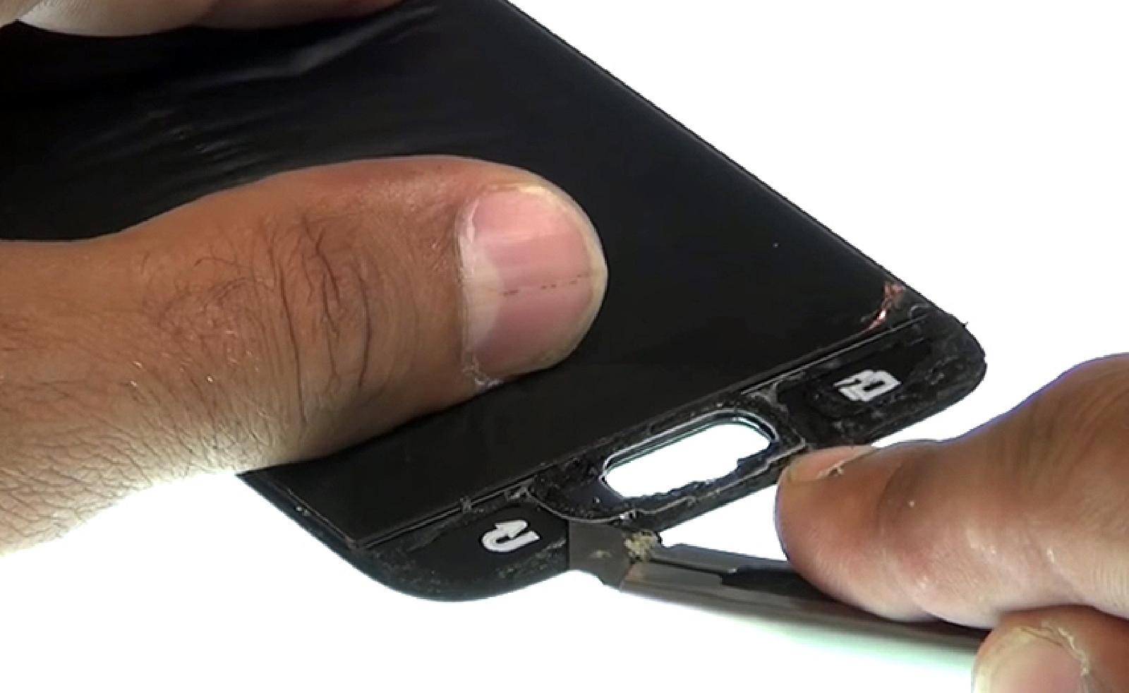 Etape 14: Récupérer la nappe et le bouton home