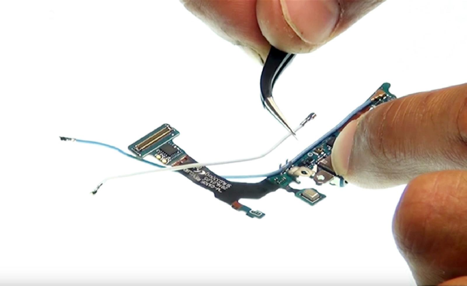 Etape 17: Récupérer les câbles coaxiaux