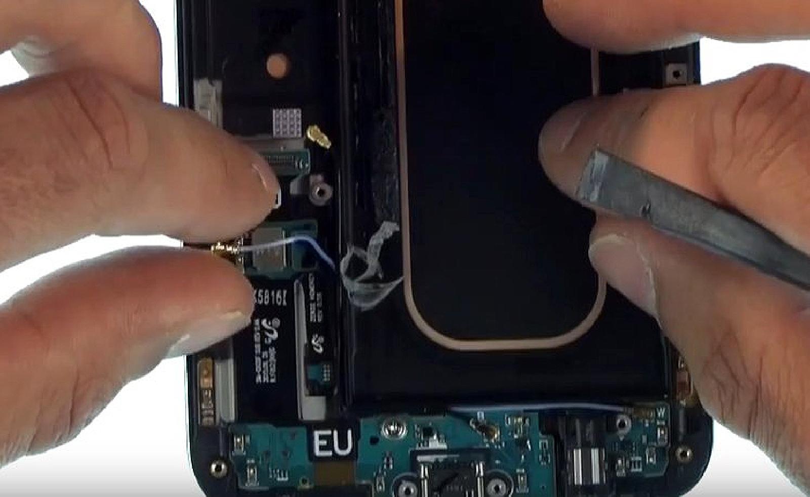 Etape 10 : Récuperer les câbles coaxiaux