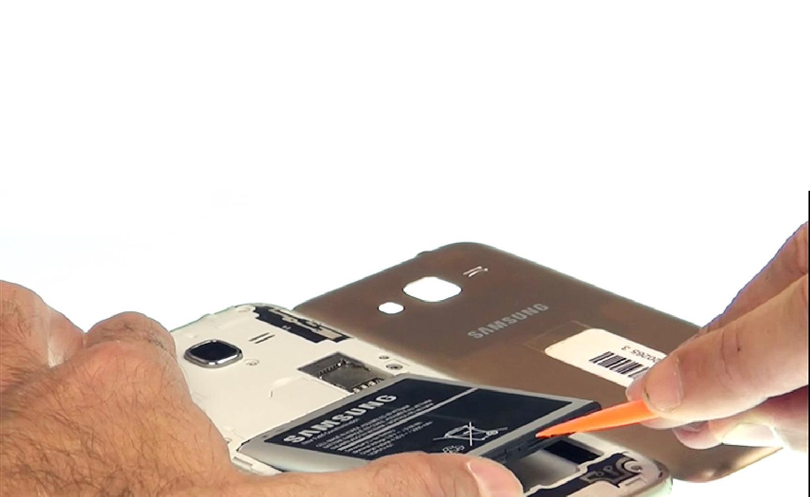 Etape 2 : Retirer la batterie