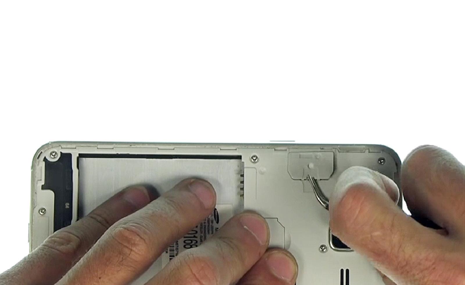 Etape 3 : Déconnecter le connecteur de l'écran