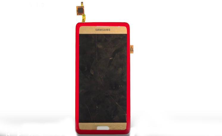 Etape 4 : Décollez la vitre tactile de l'écran LCD.