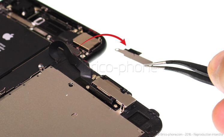 Etape 8 : Retirer la plaquette de protection des nappes des caméras