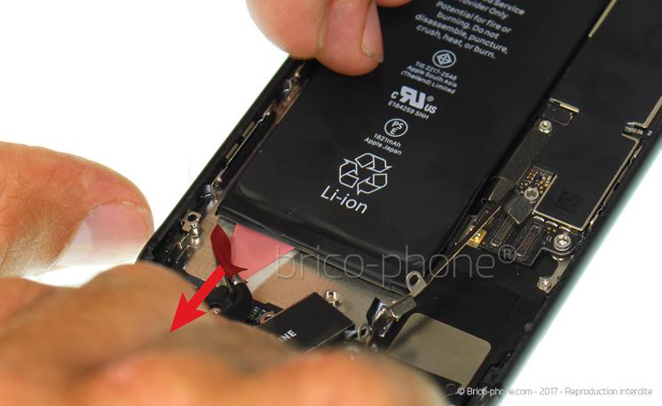 Etape 15 : Retirer la batterie