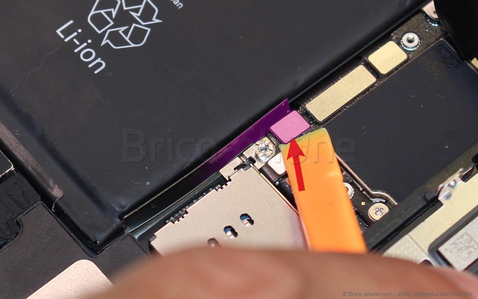 Etape 5 : Déconnecter la batterie