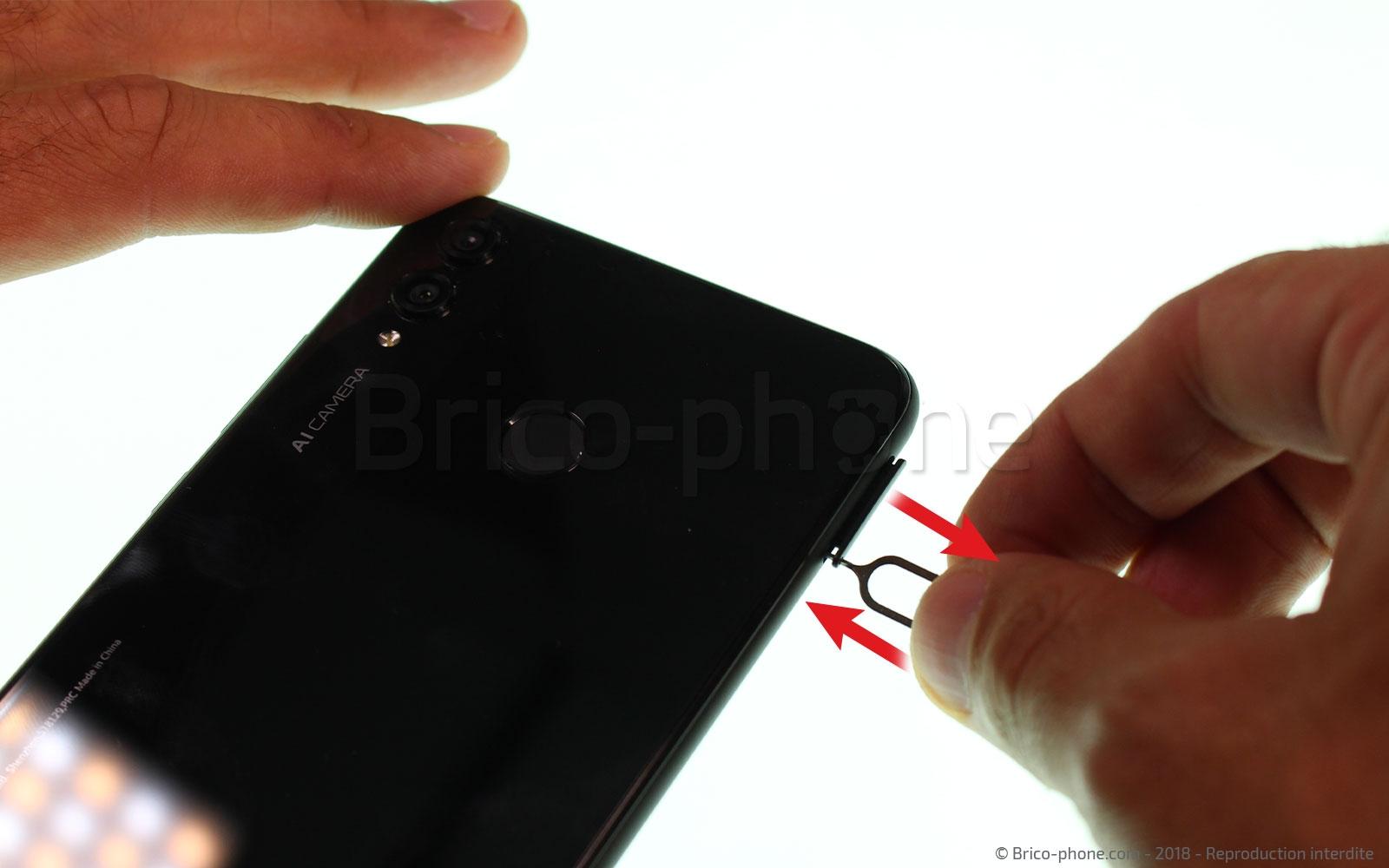 Etape 1 : Eteindre le smartphone et retirer le rack sim