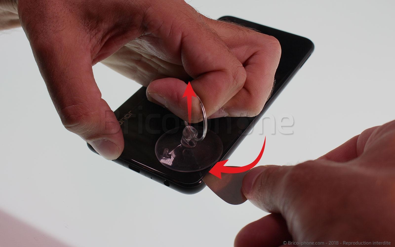 Etape 3 :  Mettre en place les outils pour le décollage de la vitre
