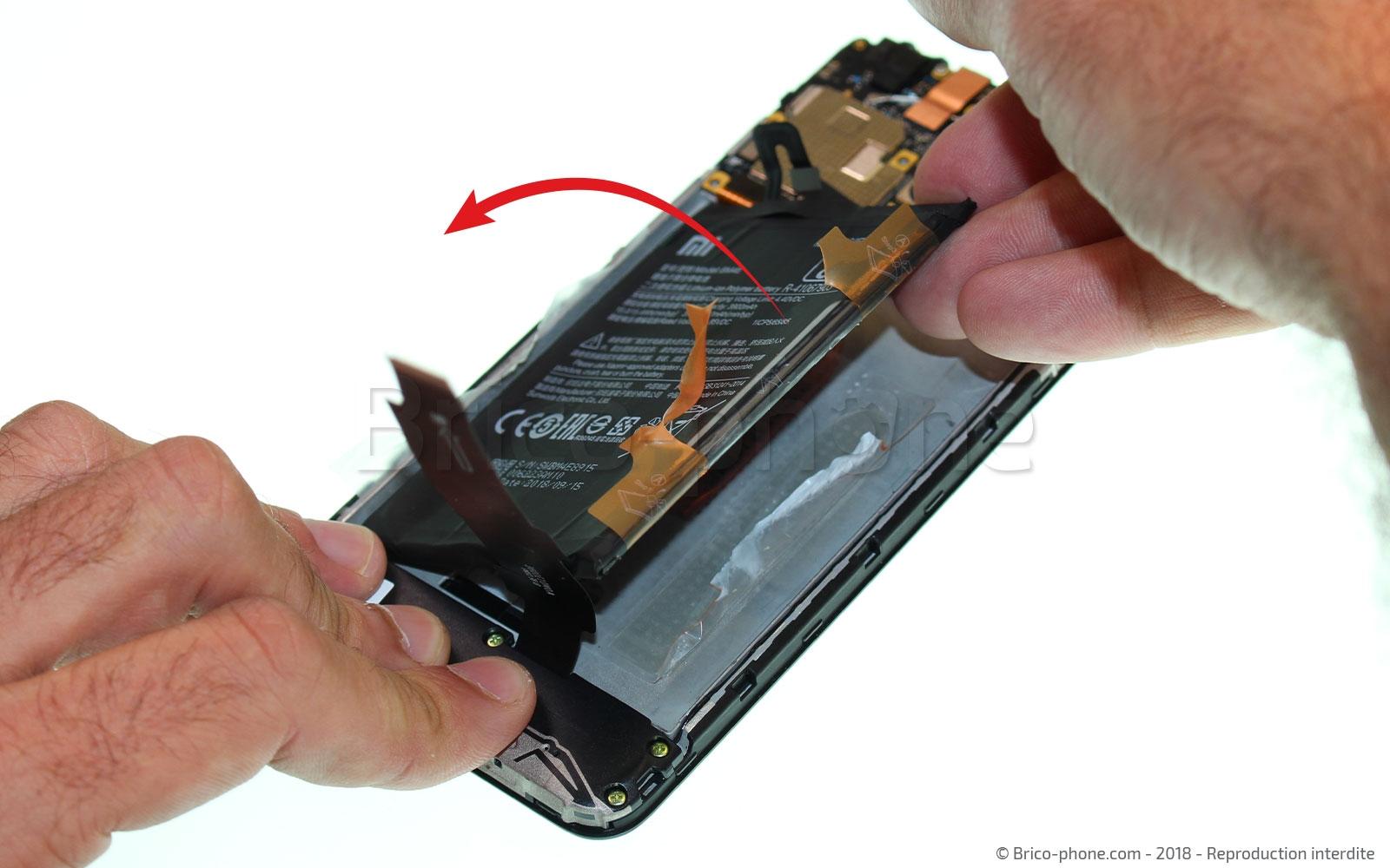 Etape 10 : Décoller la batterie