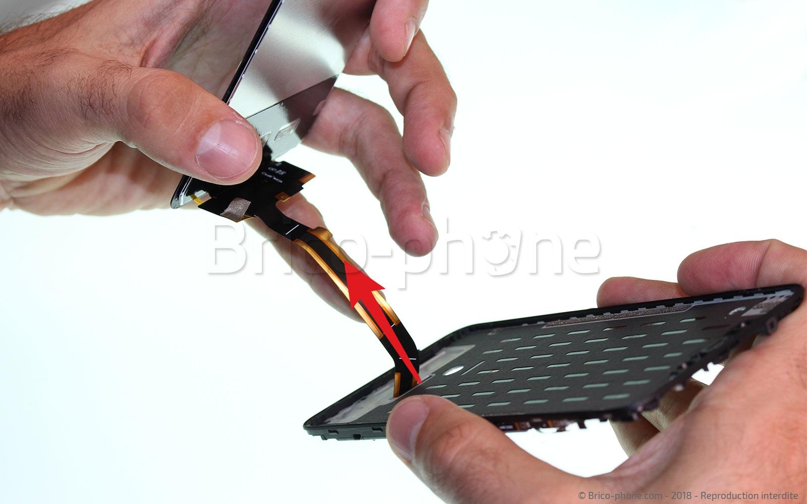 Etape 15 : Retirer le bloc écran