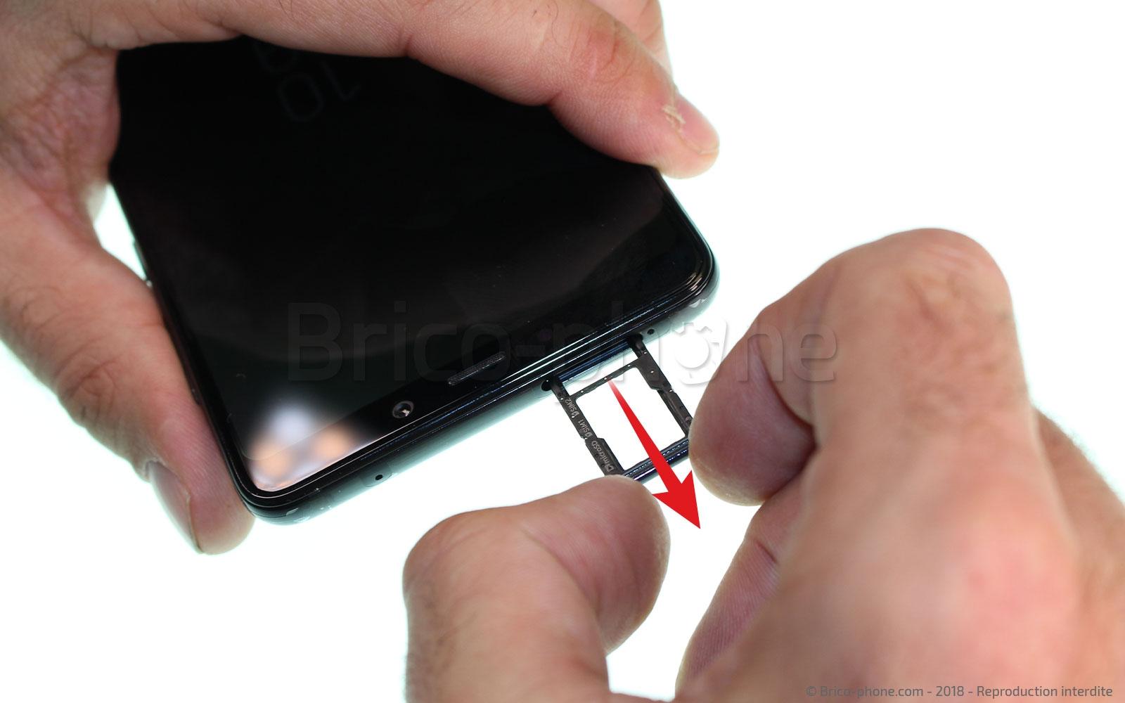 Etape 1: Mettre hors tension et retirer le rack SIM