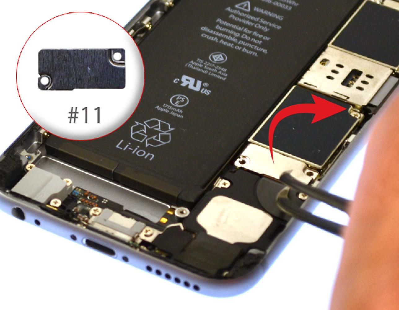 Etape 7 : Retirer la plaquette et déconnecter la batterie