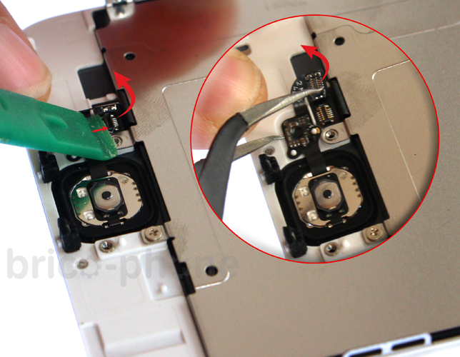 Etape 3c : Retirer la nappe du bouton Home