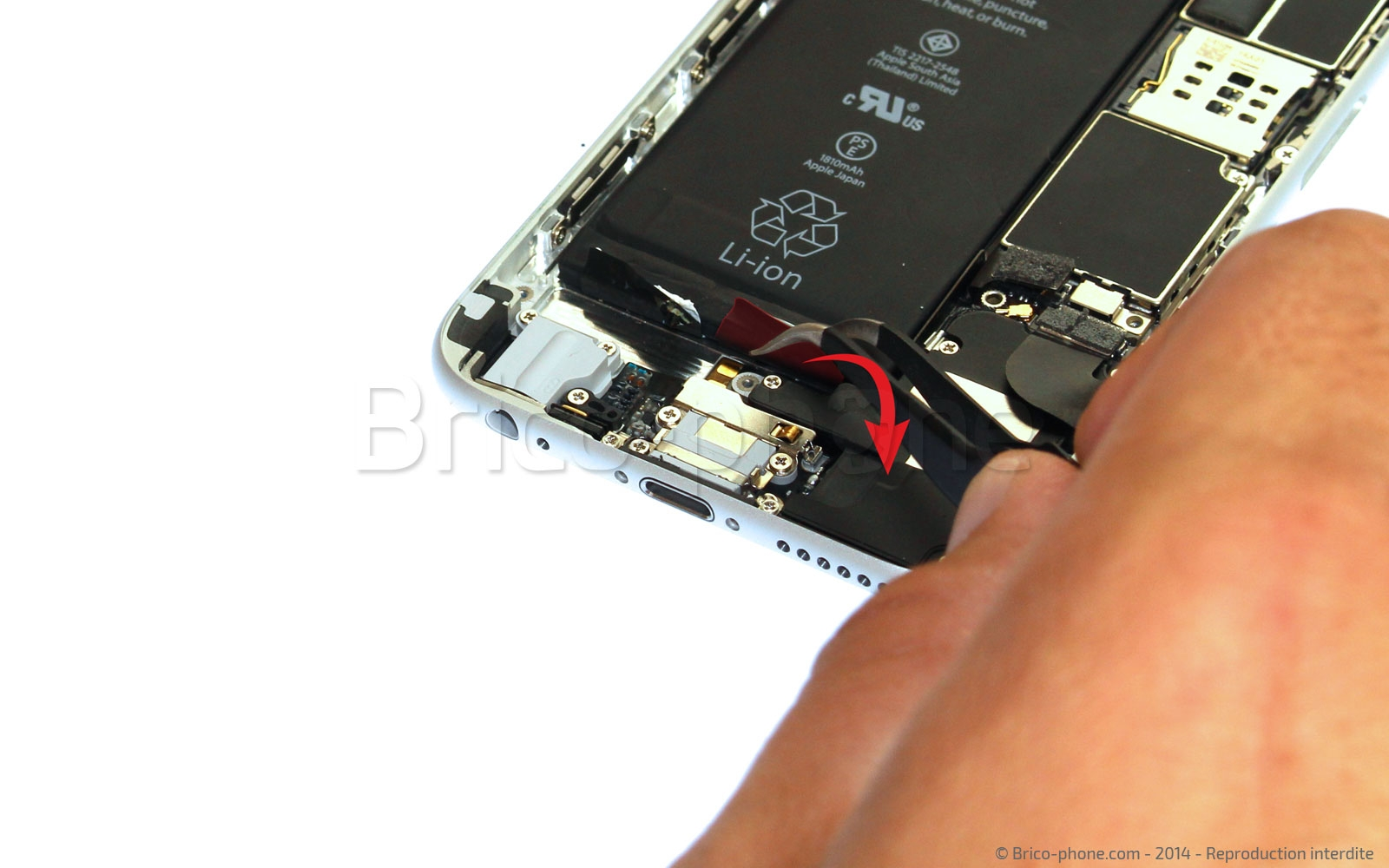 Etape 10 : Retirer les stickers de la batterie