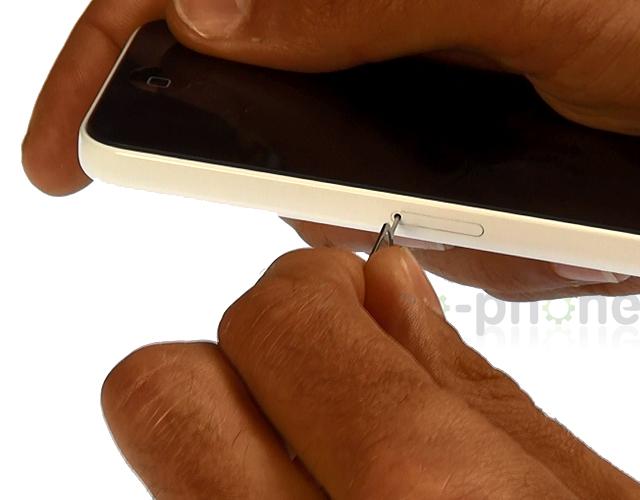 Commencez par retirer votre carte SIM de votre iPhone